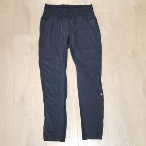 Lululemon Dance Studio Crop Pants Black Size 6